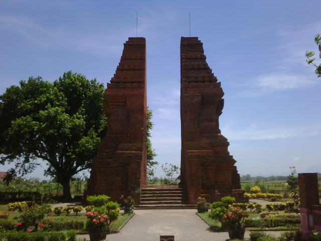 Perkembangan Hindu Budha Di Indonesia